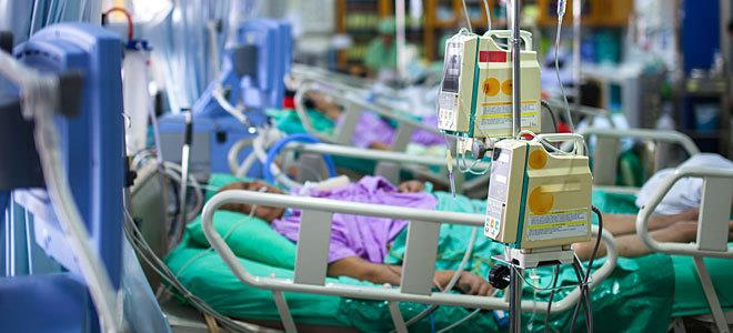 Κοροναϊός : 693 νέα κρούσματα και 85 θάνατοι – Στους 552 οι διασωληνωμένοι
