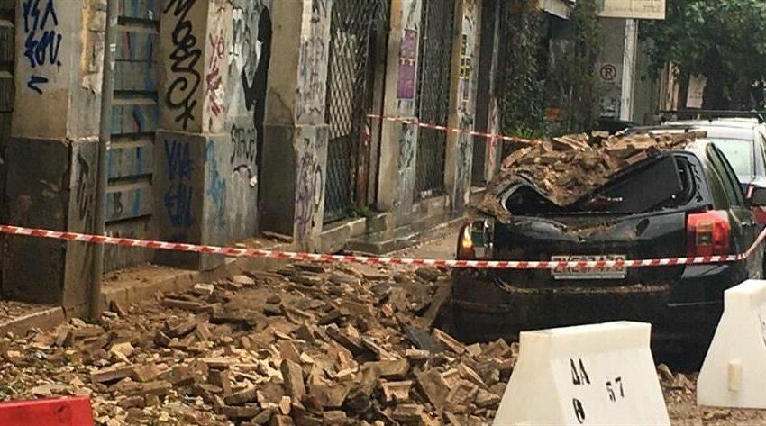 Κατέρρευσε τοίχος παλαιού κτιρίου στο Μεταξουργείο