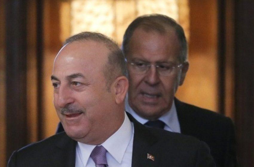Συμφωνία με την Ρωσία για την παραγωγή του εμβολίου Sputnik-V στην Τουρκία μεταξύ Τσαβούσογλου και Λαβρόφ