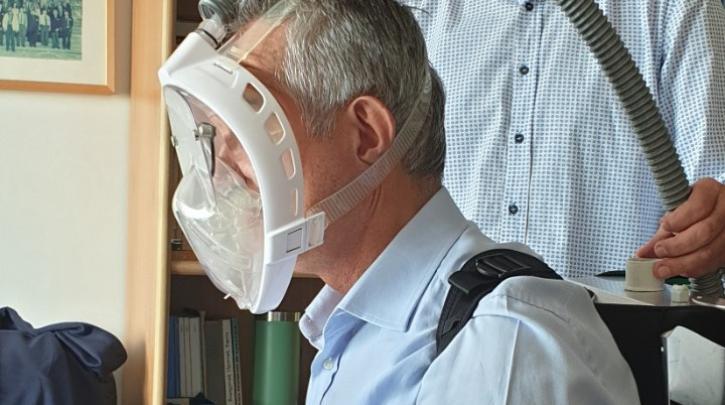 Εφεύρεση από το ΑΠΘ: Μικροβιοκτόνος μάσκα που προστατεύει  (εικόνες)
