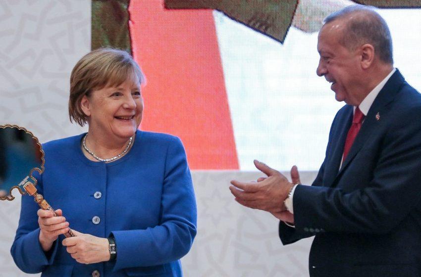 """Γερμανικά ΜΜΕ: """"Στα μαλακά η Τουρκία στην Σύνοδο Κορυφής -Δεν πέρασε το αίτημα της Ελλάδας για εμπάργκο όπλων"""" – Η παρέμβαση της Μέρκελ"""