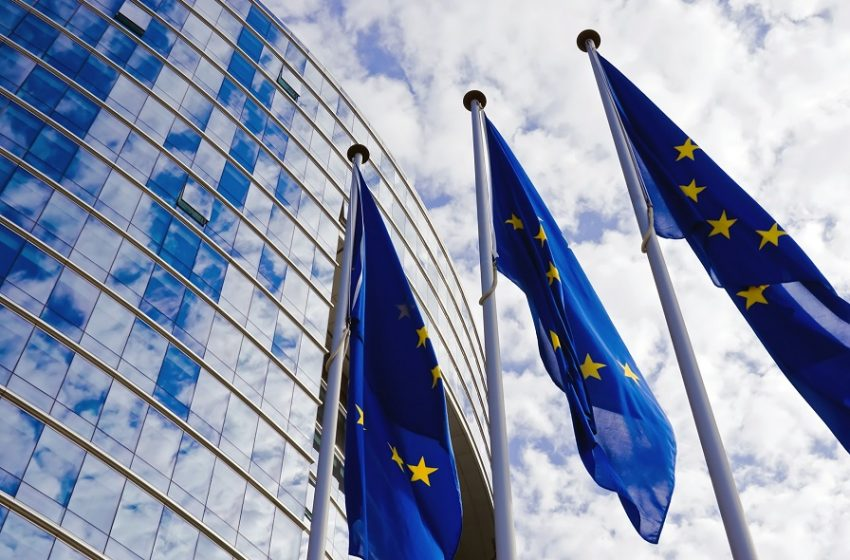 Πανευρωπαϊκή κινητοποίηση: Συνεδριάζει εκτάκτως ο Μηχανισμός Κρίσεων για κοινά μέτρα αντιμετώπισης της νέας μετάλλαξης