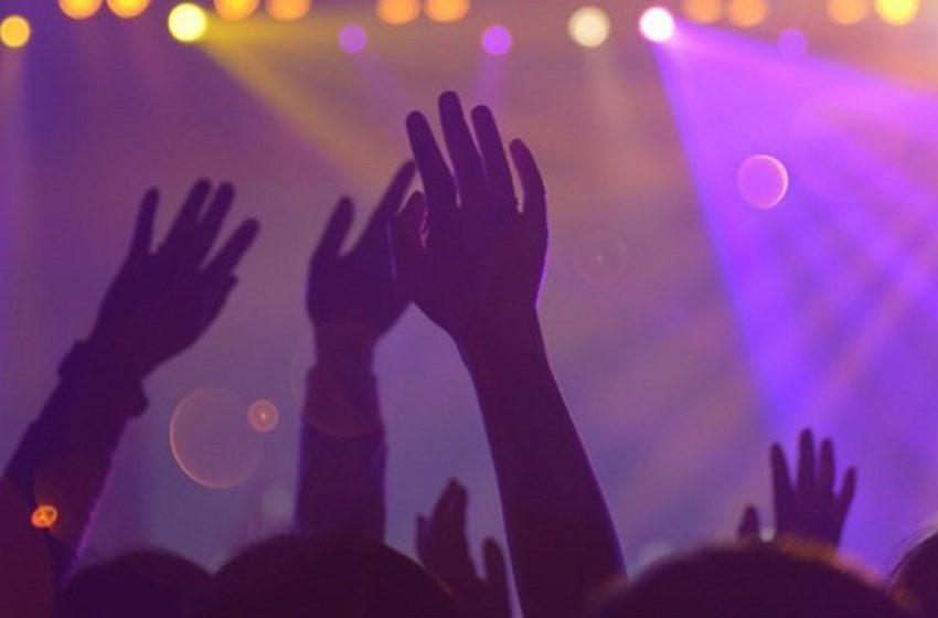 Κρυφά ρεβεγιόν και πριβέ πάρτι σε βίλες – Συναγερμός στην ΕΛ.ΑΣ