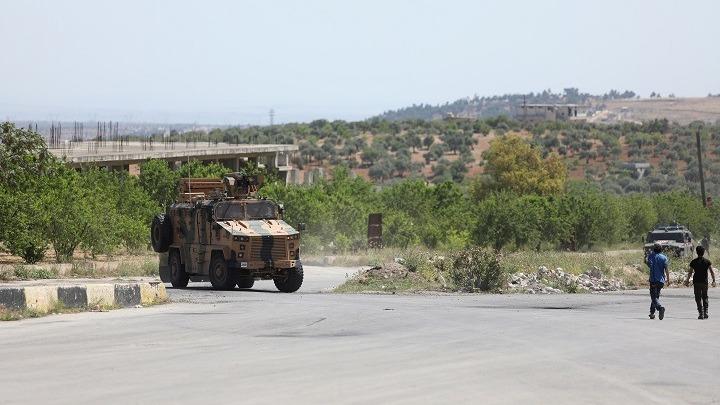 """Ανεβαίνει ο """"πυρετός"""" στη βόρεια Συρία με ρωσικές και τουρκικές δυνάμεις"""