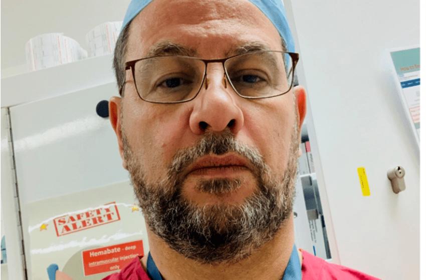 Ο Έλληνας γιατρός που έκανε το εμβόλιο: Αστείες οι όποιες παρενέργειες μπροστά στο να νοσήσεις