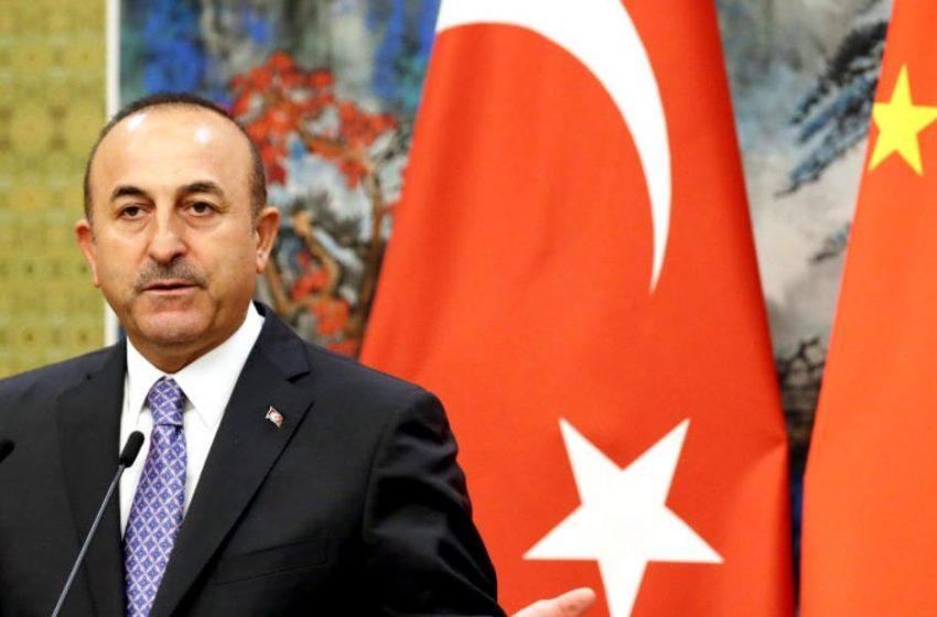 Πρόκληση Τσαβούσογλου: Η Τουρκία τήρησε το πρωτόκολλο για την Ούρσουλα φον ντερ Λάιεν