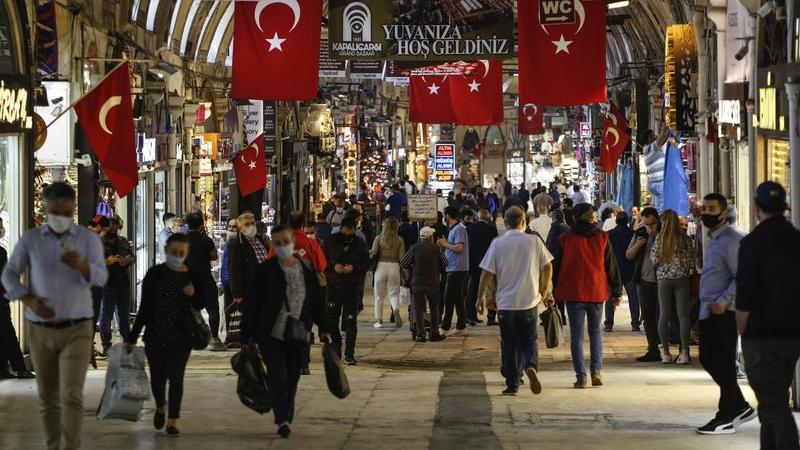Η Τουρκία αγοράζει κινέζικο εμβόλιο
