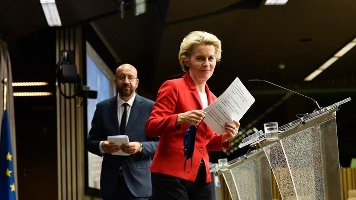 Μισέλ και φον ντερ Λάιεν υπέγραψαν τη συμφωνία εμπορίου και συνεργασίας ΕΕ-Ηνωμένου Βασιλείου