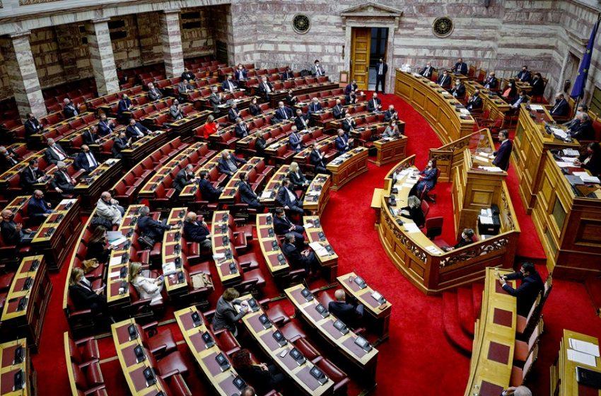 Αναστάτωση με τον βουλευτή του ΚΙΝΑΛ που καταψήφισε τον προϋπολογισμό για τις αμυντικές δαπάνες