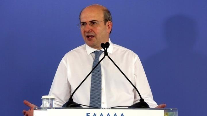 Χατζηδάκης: Αυστηροί κανόνες και εποπτεία, αλλά όχι ενοχοποίηση της ιδιωτικής ασφάλισης