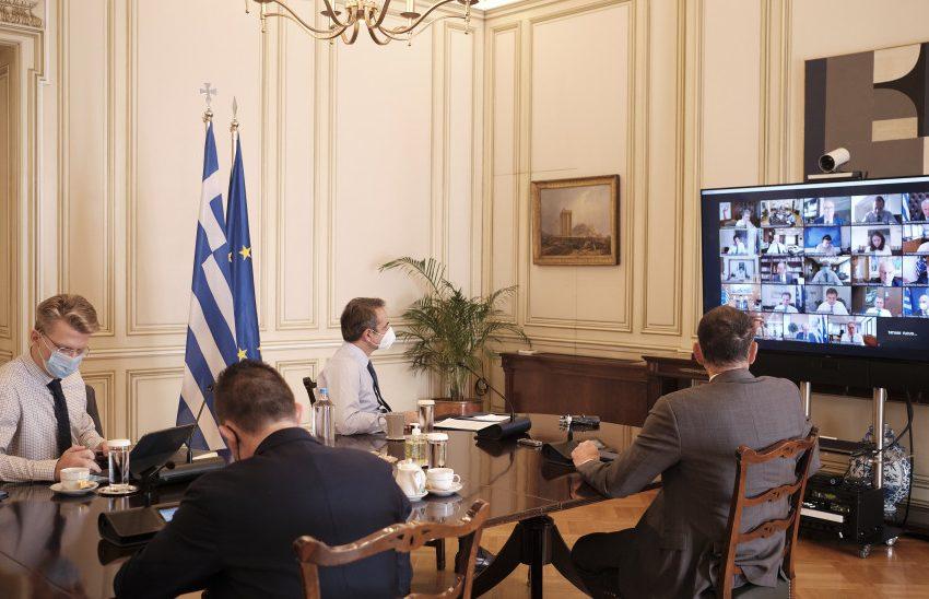 """Κυρ. Μητσοτάκης στο υπουργικό: Καμία ημερομηνία για άνοιγμα αγοράς – """"Πρέπει να είμαστε πολύ προσεκτικοί"""""""