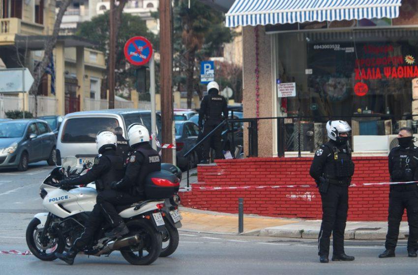 Θεσσαλονίκη: Σε οπαδικές διαφορές αποδίδει η Αστυνομία την αιματηρή συμπλοκή