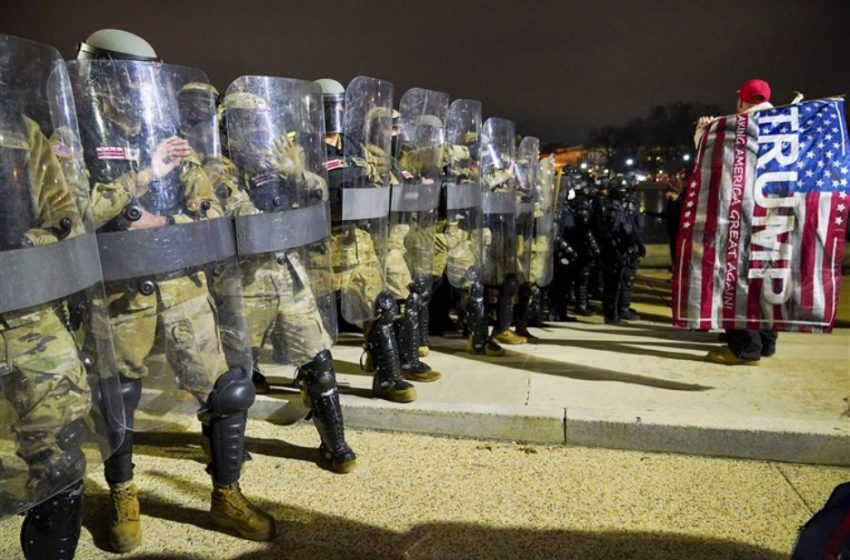 FBI: Πληροφορίες για ένοπλες κινητοποιήσεις σε κάθε πολιτεία στην ορκωμοσία Μπάιντεν – Επί ποδός 15.000 στρατιώτες της Εθνοφρουράς
