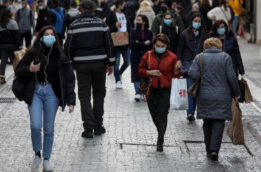 Συνωστισμός και ουρές στα μαγαζιά σε Αθήνα – Θεσσαλονίκη (vid)
