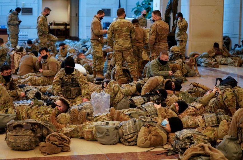 """""""Φρούριο"""" το Καπιτώλιο: Σε ύψιστη επιφυλακή η Εθνοφρουρά (εικόνες)"""