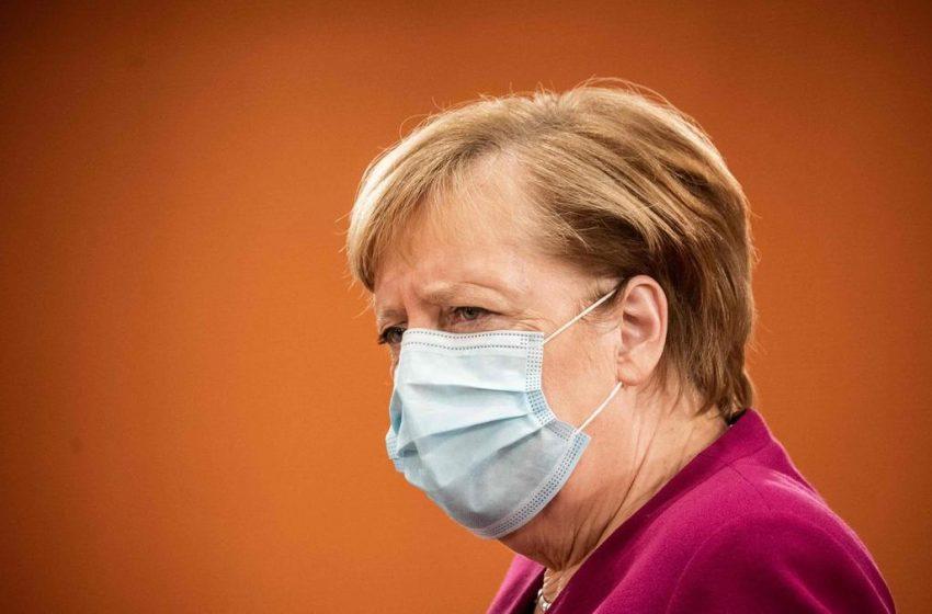 Εμβολιασμό της Μέρκελ με AstraZeneca σε ζωντανή σύνδεση προτείνουν στην Γερμανία – Για να αντιμετωπιστεί ο σκεπτικισμός για το εμβόλιο