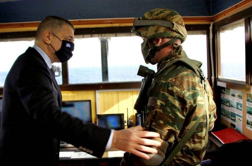 Σε Λειψούς και Φαρμακονήσι ο υφυπουργός Άμυνας Αλκιβιάδης Στεφανής για την πρωτοχρονιά