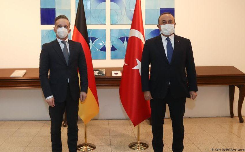 FAZ για τις διερευνητικές: Το Βερολίνο πιστεύει πως οι ελληνικές θέσεις είναι μαξιμαλιστικές