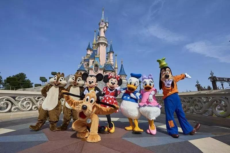 Παρίσι :Κλειστή ως τον Απρίλιο η Disneyland