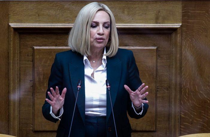 """Γεννηματά: Δεν """"έφαγα"""" τον Λοβέρδο – 5,5 χρόνια ήταν αρκετά ως κοινοβουλευτικός εκπρόσωπος"""