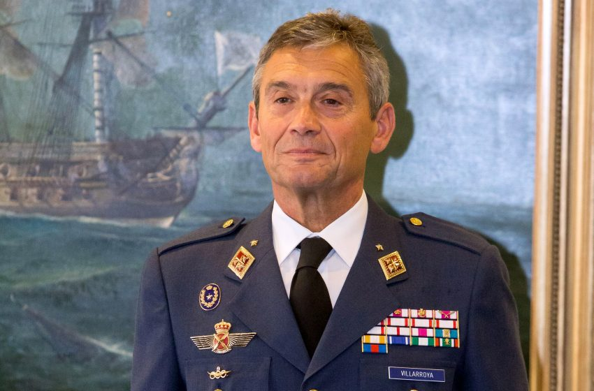 Παραιτήθηκε ο στρατηγός των Ενόπλων Δυνάμεων της Ισπανίας, επειδή εμβολιάστηκε κατ'εξαίρεση