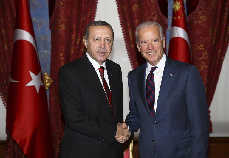Μπάιντεν – Ερντογάν: Δεν είναι de facto η βελτίωση των σχέσεων