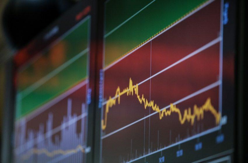 Πόση θα είναι τελικά η ανάπτυξη στην Ελλάδα; – Δύο διαπρεπείς οικονομολόγοι Πετράκης και Ρουμελιώτης μιλούν στο libre
