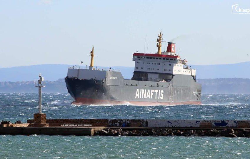 Πρόσκρουση φορτηγού πλοίου στo λιμάνι της Μυτιλήνης