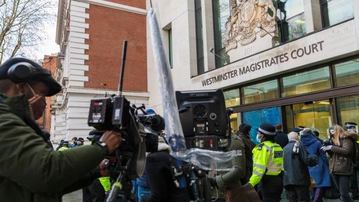 Βρετανία: Αρνήθηκαν αποφυλάκιση με εγγύηση στον Ασάνζ