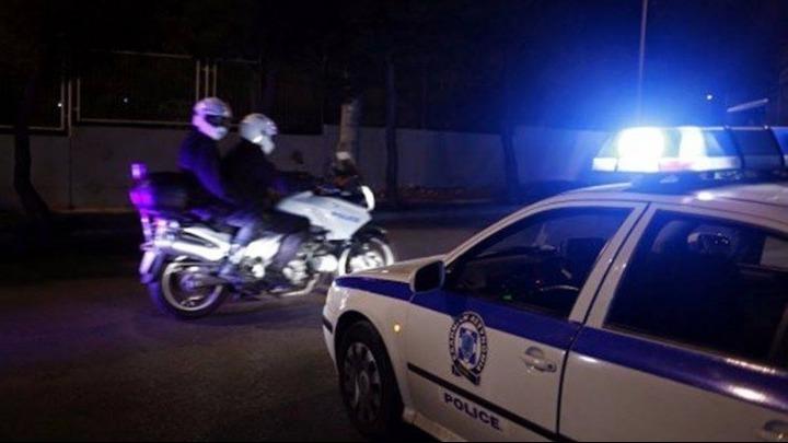Εξιχνιάστηκε αιματηρή ληστεία με τρεις τραυματίες σε κατάστημα ψιλικών