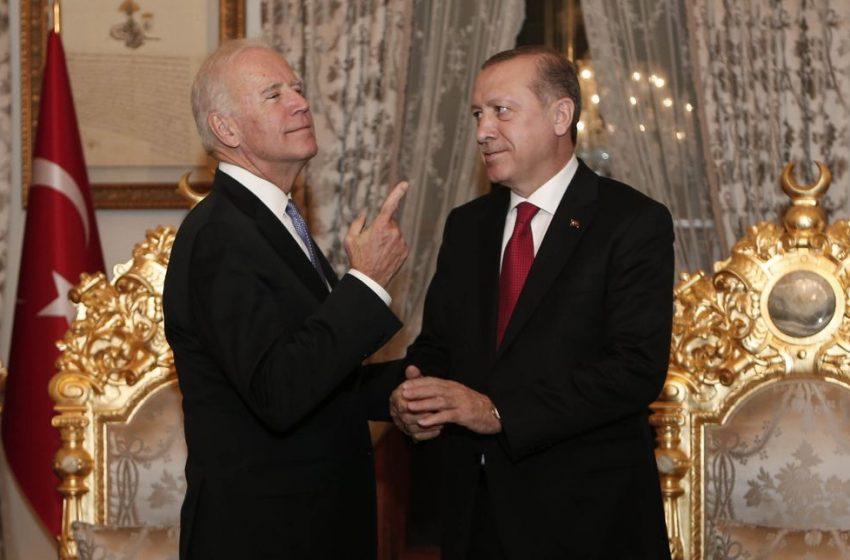 Τηλεφώνημα Μπάιντεν Ερντογάν – Εντός της ημέρας μεταδίδουν τουρκικά μέσα