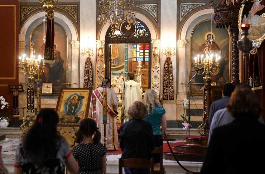Έφοδος της αστυνομίας σε εκκλησία – Συνελήφθη ο ιερέας (vid)