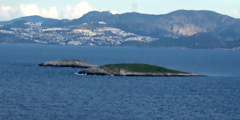 """Ίμια: Η συμφωνία που οδήγησε στο """"γκριζάρισμα"""" του Αιγαίου – Το απόρρητο έγγραφο του Στέιτ Ντιπάρτμεντ και τα λογοκριμένα σημεία"""