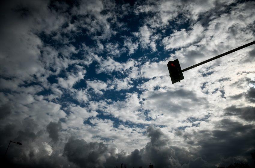 Βαρυχειμωνιά ή τρομολογανικός οίστρος; Τρεις μετεωρολόγοι αναλύουν τα δεδομένα