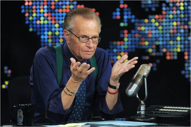 Ο Larry King νοσηλεύεται με κοροναϊό