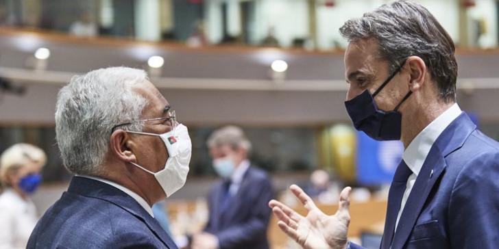 """Στη Λισαβόνα ο Μητσοτάκης: Επαφές για την πανδημία και την """"κοινωνική ατζέντα"""" Κόστα"""