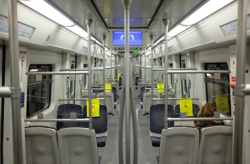 Αρνητές μάσκας επιτέθηκαν και ξυλοκόπησαν εργαζόμενο στο Μετρό