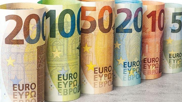 Άνω των 20 δισ. ευρώ οι προσφορές για το νέο 5ετές ομόλογο