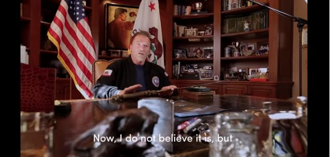 """Το βίντεο του Σβαρτσενέκερ με το σπαθί του """"Κόναν"""" για την εισβολή στο Καπιτώλιο και τη Δημοκρατία (vid)"""