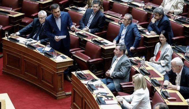 Εισήγηση στον Τσίπρα για ταχεία σύγκλιση με το ΚΙΝ.ΑΛ- Ποιοι κατέθεσαν την πρόταση