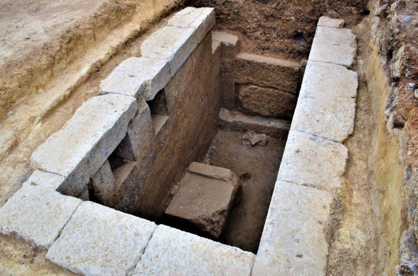 """Τα μυστικά του """"αποκαλύπτει"""" ο ταφικός τύμβος Μεσιάς στη χώρα της αρχαίας Ευρωπού στο Κιλκίς (εικόνες)"""