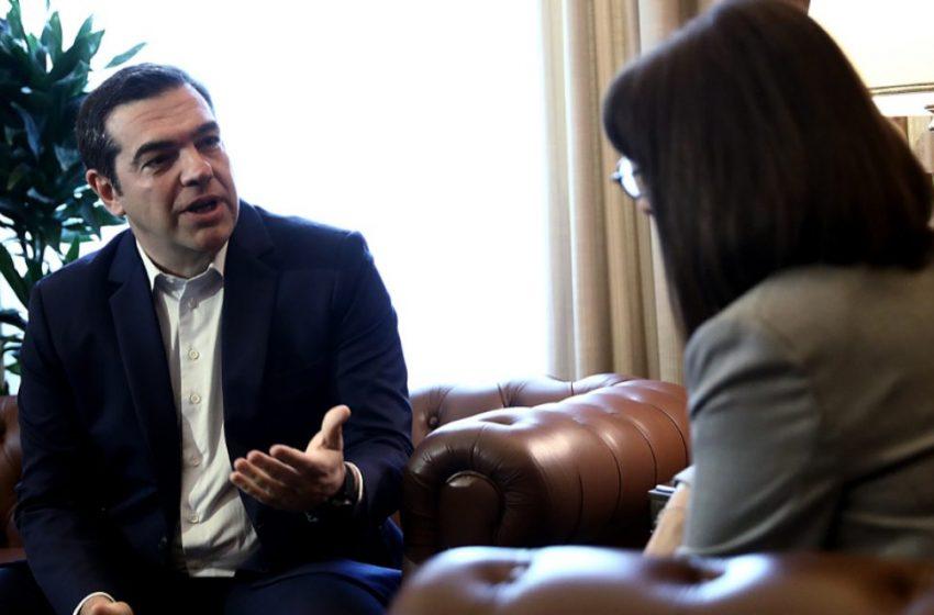 Θεσμική παρέμβαση Τσίπρα για την πανδημία – Συνάντηση με την ΠτΔ Κ. Σακελλαροπούλου για τις παλινωδίες της κυβέρνησης