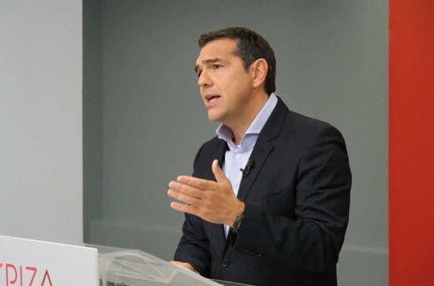 """Παρέμβαση Τσίπρα μέσω news24/7: Αποκαλύπτει τι τον ρώτησε ο Μητσοτάκης πριν την """"Συμφωνία των Πρεσπών""""- Μιλά για """"ομηρεία"""" Σαμαρά"""