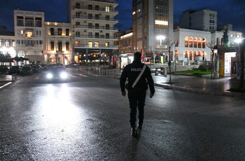 Καθολικό lockdown σε Αχαΐα και Εύβοια