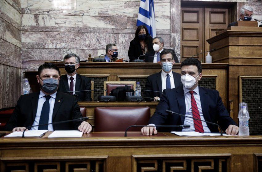 Τα πέντε ερωτήματα του ΣΥΡΙΖΑ για την πανδημία που δεν απαντήθηκαν από τον Σωτήρη Τσιόδρα