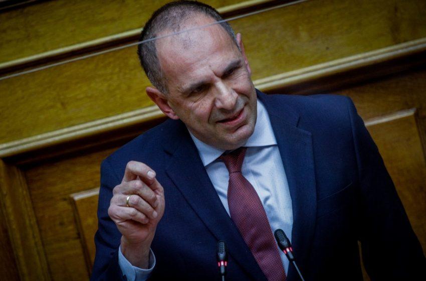 """Ποιο είναι το μεγάλο πρόβλημα του Τουρισμού – Γεραπετρίτης: """"Απολύτως σύμφωνος με το Σύνταγμα ο υποχρεωτικός εμβολιασμός"""" – Τι είπε για ανασχηματισμό"""