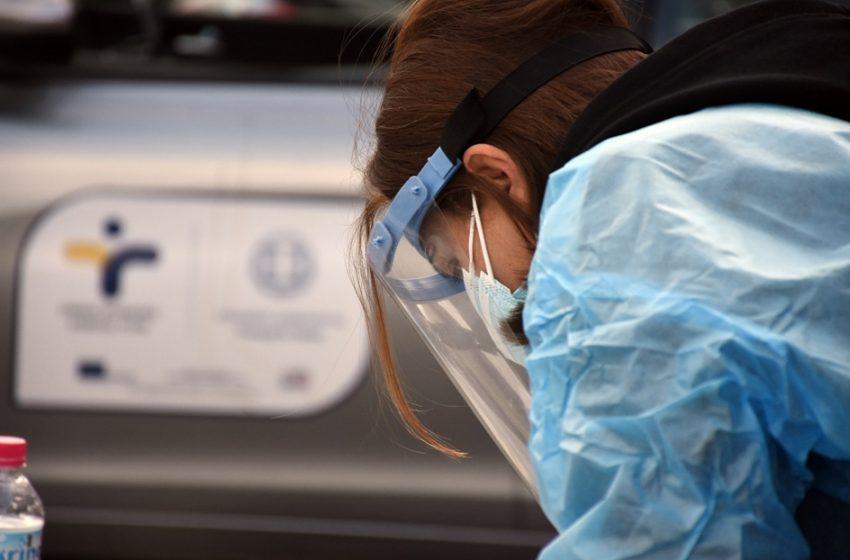 ΕΟΔΥ: 700 θετικά από τα 32.083 rapid tests – Στο 2,2 η θετικότητα και στα 35 έτη η διάμεση ηλικία των νοσούντων