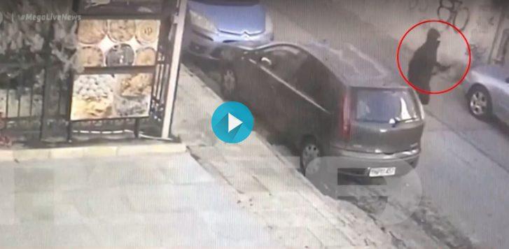 Βίντεο με τον μασκοφόρο που σκότωσε τον σκύλο με τόξο στην Πετρούπολη – Τι λέει ο ιδιοκτήτης (vid)