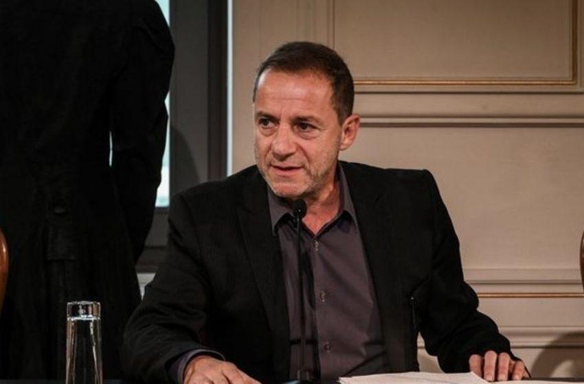 Κλείνει τον λογαριασμό του στο Facebook ο Λιγνάδης