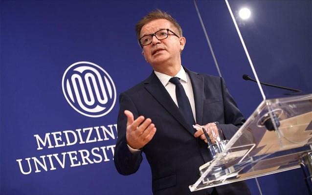 Αύξηση κρουσμάτων αναμένει ο υπουργός Υγείας της Αυστρίας